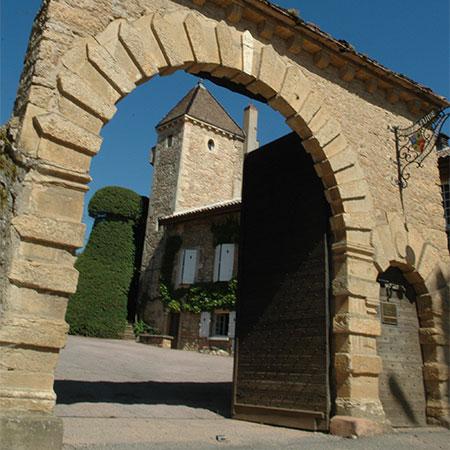 Eingang von Château de Fuissé